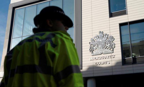 Comparece ante un tribunal británico el conductor del camión de Essex